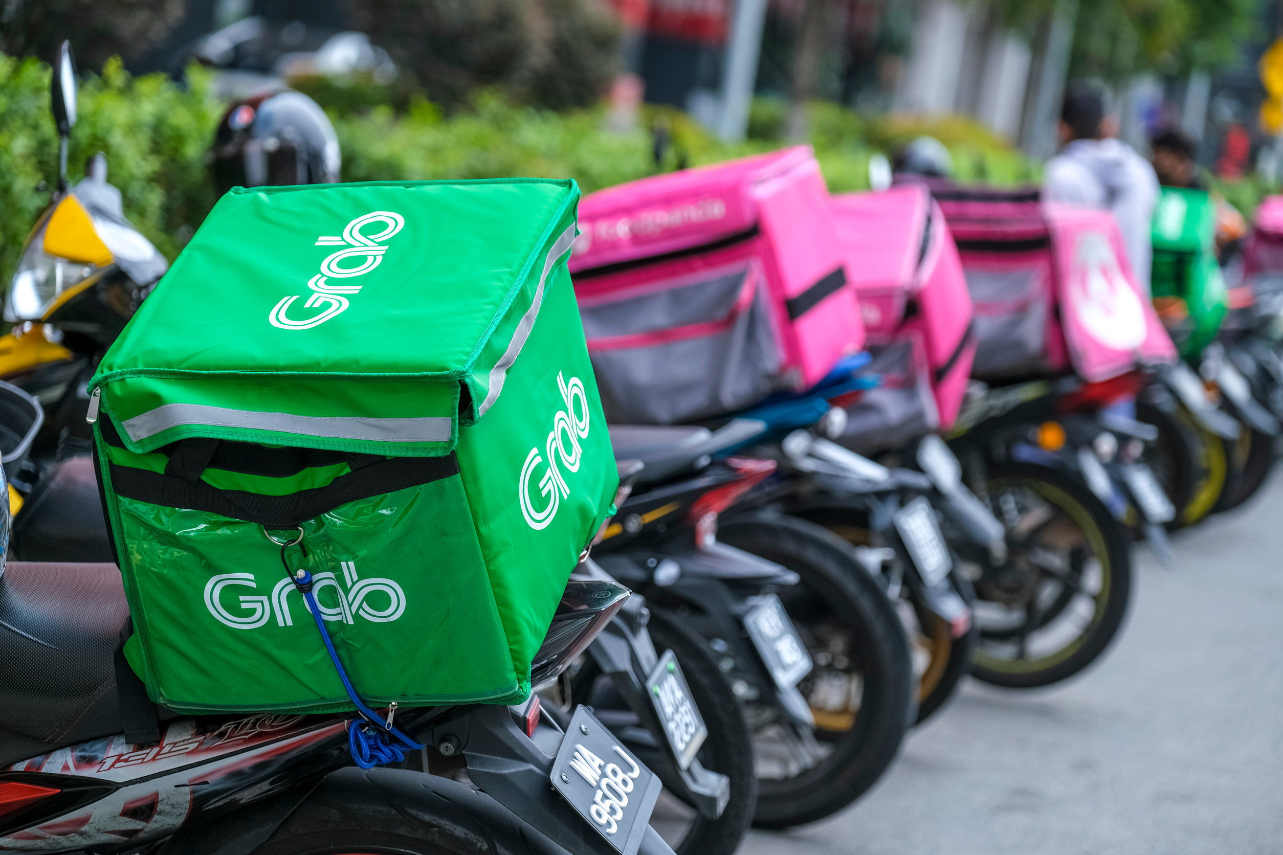 Malaysia's Online Food Delivery Exploded with the Help of the Internet. Here's Why.